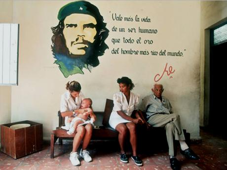 La lucha ideológica  y la defensa de la Revolución