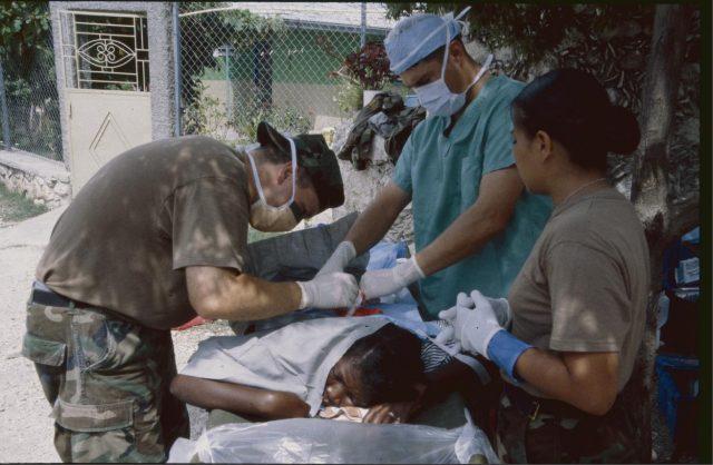 """Un cirujano de Oriente Próximo habla sobre la """"ecología de la guerra"""" (Andre Vltchek)"""