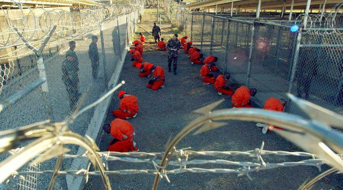 Llamamiento a una campaña internacional por la devolución de la base de Guantánamo a Cuba