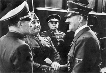 Manifiesto, respuesta colectiva y personal, en contra del franquismo en las Fuerzas Armadas.